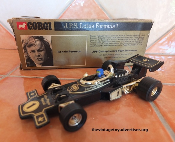 jps-lotus-f1-corgi-ronnie-peterson-1973
