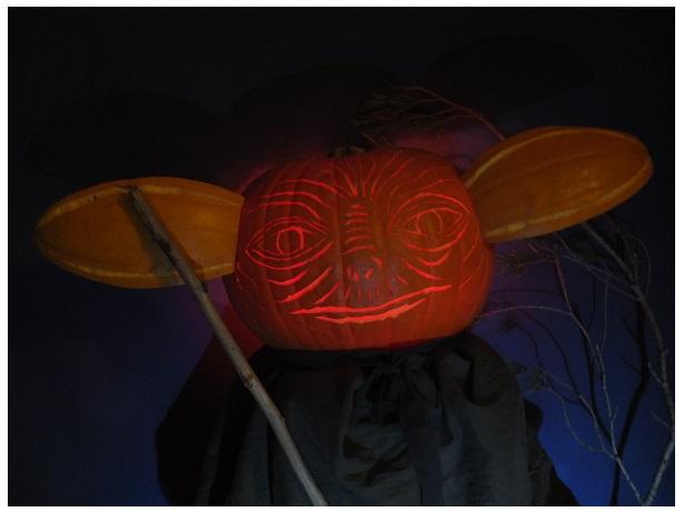 Pumpkin Yoda 04