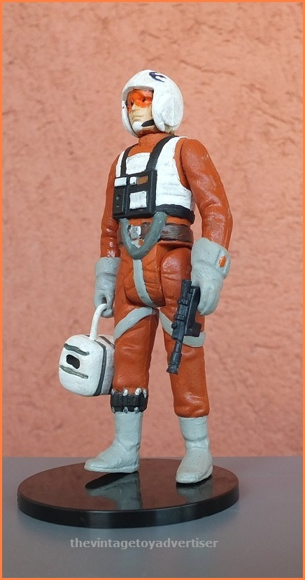 Dak's accessory is a Hoth cargo crate that was used by the rebels.