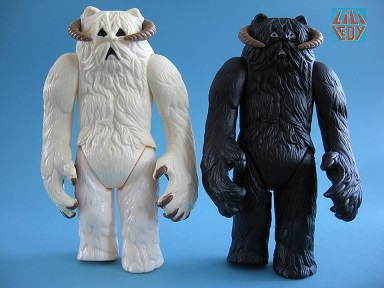 Doctor Dengar's TIG guides gave us our first glimpse of the elusive black Wampa VS its Kenner brother.