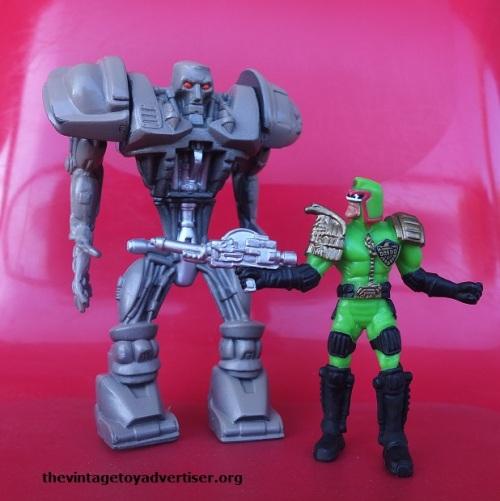 1995 Mega Heroes figures. Mattel.